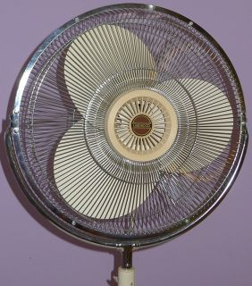 Vintage Lakewood Fan Huge Floor Model w 18 Metal Blades 3 Speed