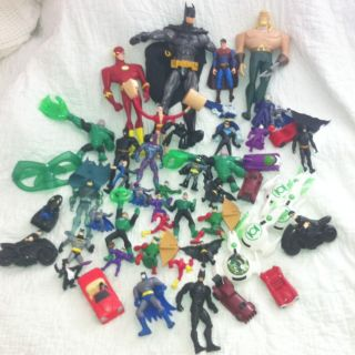 DC COMICS ACTION FIGURES BATMAN ROBIN Super Man Joker 40 figures