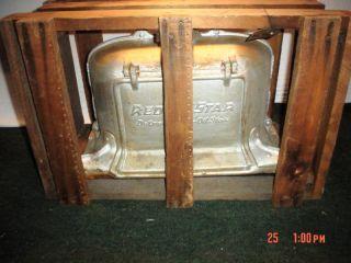 Vintage Red Star Detroit Vapor Oil Stove Burner