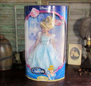 2005 Walt Disney Brass Key Cinderella Keepsake Doll