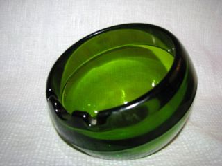 Viking Emerald Green Modern Art Glass Solid Ball Ashtray 1960s