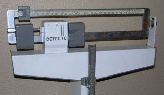 300lb Detecto Medic Eye Level Physicians Doctors Scale Stand Up