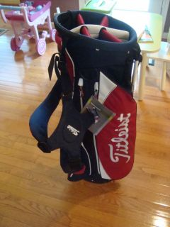 RED WHITE NAVY BLUE TITLEIST GOLF CARRY STAND BAG DOUBLE STRAP