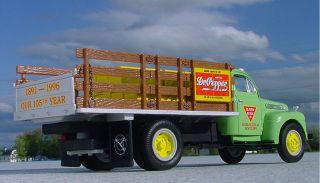 Super Rare DR. PEPPER 105 DUBLIN TEXAS 51 FORD FOUNTAIN SYRUP Truck