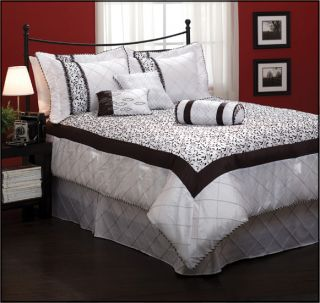 Dreama 7pc Black White Comforter Set Bed in A Bag New
