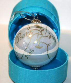 Li Bien Ornament Chinese Peace Joy Dove 2006 Blue White Gold