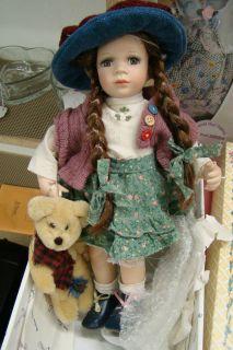 Beautiful Duck House Porcelain Doll 861 5000 Original Box