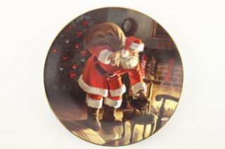 Edwin Knowles Decorator Plate Christmas Collection Santas Love Tom