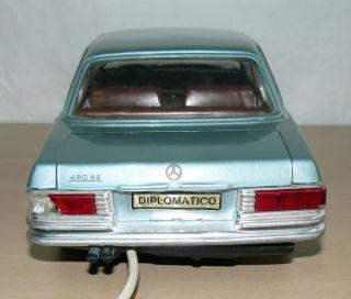 Coche Mercedes 450 SE Azul Dirigido Por Cable Original Años 70