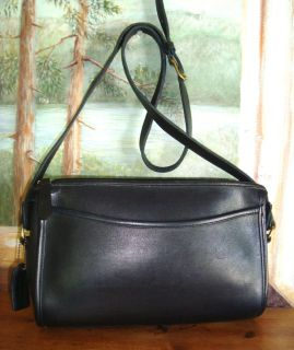 * COACH 1995 VINTAGE NAVY TAYLOR E/W ZIP SHOULDER BAG !!! ~ VVVNICE