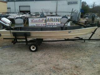 14ft Jon Boat w 25hp Motor Duck Hunter River Pond or Lake Fishing John