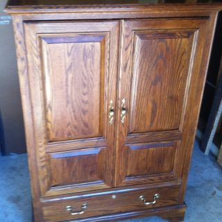 Ethan Allen Canterbury Oak Small TV Video Cabinet Armoire