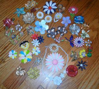 Vintage Retro Enamel Metal Flower Brooch Pin Huge Lot