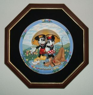 Bradford Disney Mickey Mouse Friends for all Seasons Plate LE Frame