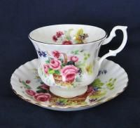 Royal Albert ROA32 Rose Floral Basket Bone China Teacup Saucer Set