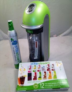 SodaStream Fizz Green Home Soda Maker New w 12 Pack Sampler