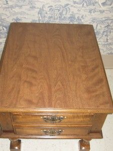 Peters Revington Delphi Indiana Solid Wood End Table Speckled Finish
