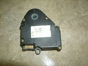 98 02 BLAZER/ JIMMY/ BRAVADA HEATER BLEND DOOR ACTUATOR WITHOUT TEMP