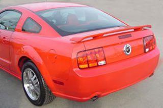 05 09 Ford Mustang   Original Standard Rear Wing Spoiler, Fiberglass