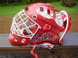 Franklin NHL Detroit Red Wings Goalie Hockey Mask Helmet Goalkeeping