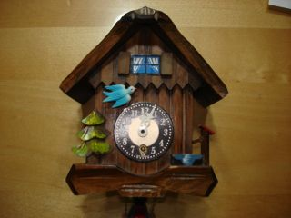 Vintage Antique Black Forest German Cuckoo Clock J Engstler Chalet