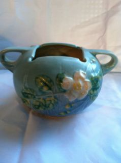 Roseville Pottery White Rose Blue Turquoise Planter Mint Condition 387
