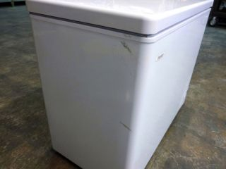 Danby DCF700W1 7 0 CU ft Chest Freezer White Manual Defrost Energy