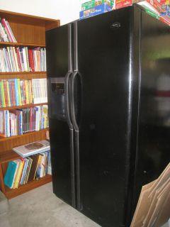 Frigidaire Gallery 26 CU ft Refrigerator