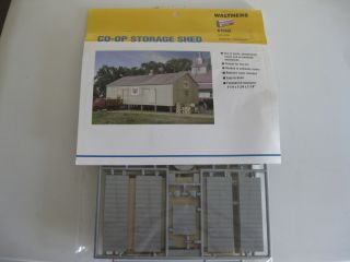CO OP Storage Shed plastic model kit in N scale By Walthers 3230