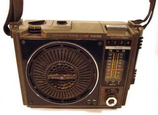 GE Portable Am FM 8 Track Cartridge Tape Player Radio A