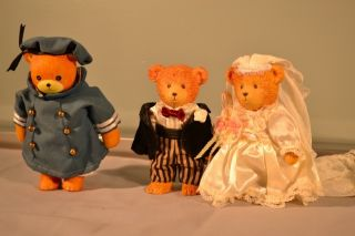 Collectible Bear Figurines Bride Groom Enesco Imports 1982