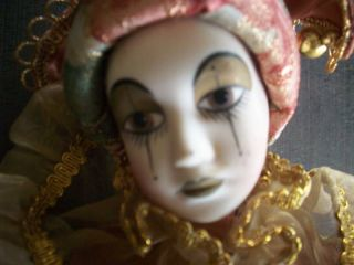 Geppeddo 15B990 Mardi Gras Ceramic Sad Clown Doll