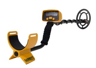 Garrett Ace 150 Metal Detector with 6 5x9 Search Coil