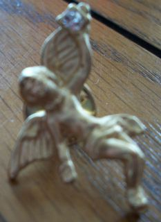 Vintage Gold Angel Pin Brooch Unsigned Costume Jewelry