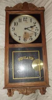 Antique w M L Gilbert Clock Co 3035 USA Oak Wall Unit Regulator