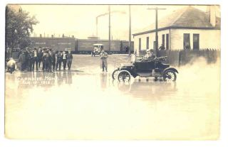Montana Glendive 1912 Flood in Town Real Photo Postcard
