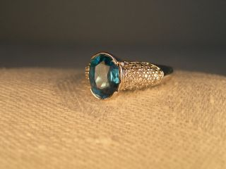 Gorgeous Estate 14K White Gold London Blue Topaz Pave Diamond Ring