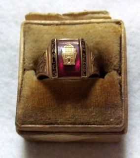 MENS 10K GOLD 1940 SEARLES HIGH SCHOOL CLASS RING GREAT BARRINGTON MA