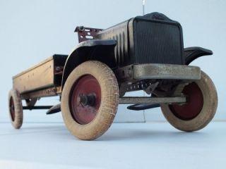 30 Built Erector Set A.C. Gilbert Co. White Truck No Dents Assembled