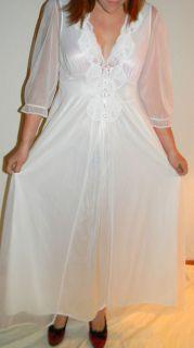 Vintage Gilead Bridal White Chiffon Honeymoon Peignoir Nightgown Robe