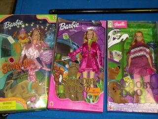 DOO DAPHNE BLAKE 3 BARBIE DOLLS HALLOWEEN FIGURE TOY HANNA BARBERA DVD