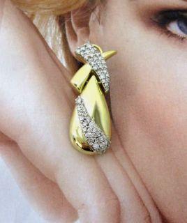 AMAZING QUALITY  LARGE 4CT WHITE DIAMOND 18K DROP DESIGNER KISS