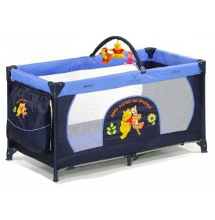 Hauck Disney Dream n Play Mobile Travel Cot   Pooh Best Friends
