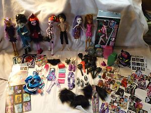 Monster High Items Dolls Clothing Pets Accessories Lots More