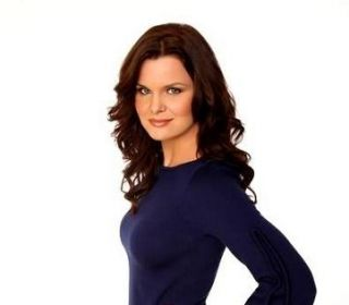 The Beautiful Katie Logan Heather Tom Worn Alice Olivia Shirt