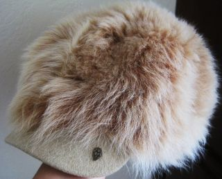 New Helen Kaminski Sheep Skin Fur Stylish Cabbie Hat Super RARE VHTF