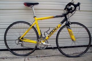 Giant TCR2 Road Bike Excellant Condition