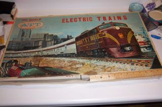 Vintage HO Train Set in Original ATT Box incl. Southern Pacific Engine
