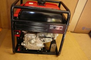 HONDA EB3000C 3000 WATT 6.5 HP GENERATOR NICE. IN GREAT SHAPE WORKS