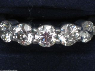 HEARTS ON FIRE 18kWG FIVE STONE wedding band .29ctw 5STB00258